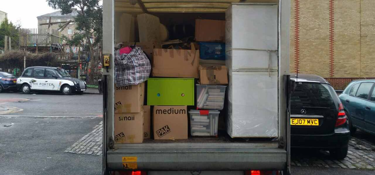 removals companies NW3