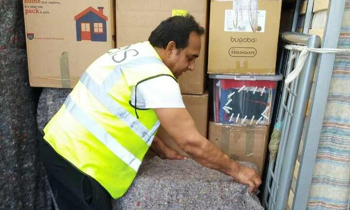 W4 house movers Acton